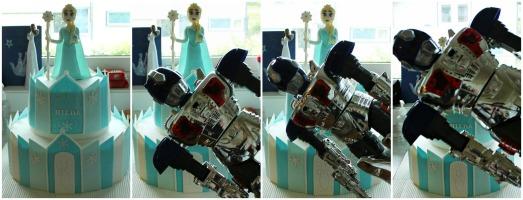 Henrik viser at roboten hans er way cooler enn Elsa :D